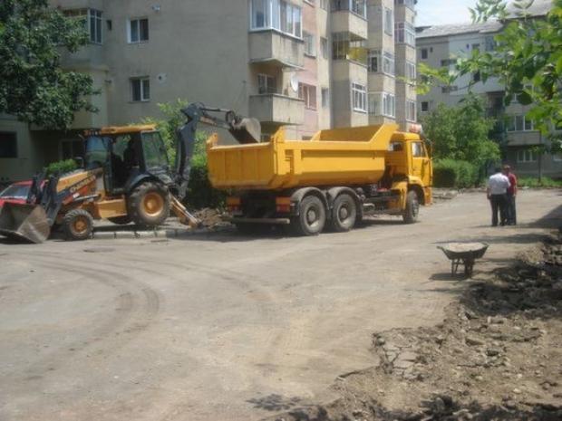 strazi-in-constructie-rasunetul.ro_