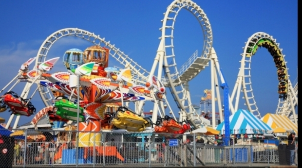 disneyland_rollercoaster_09081400_13795500
